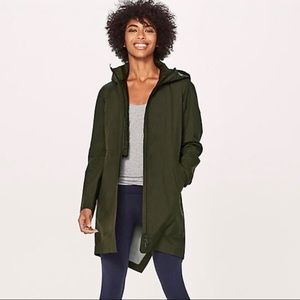 Lululemon Rain Haven Jacket in Army Green